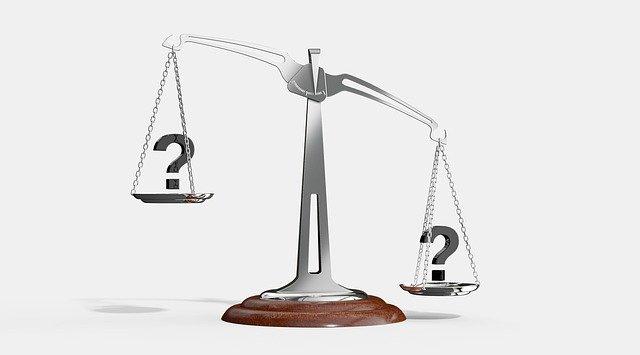 各社の機能と料金の比較